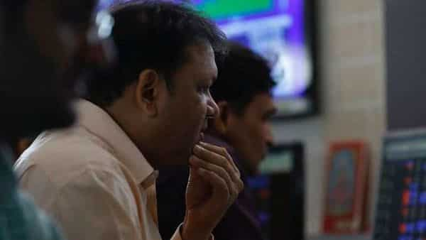 RIL surges 4%, lifts Sensex, Nifty to new closing highs. What analysts say - Mint