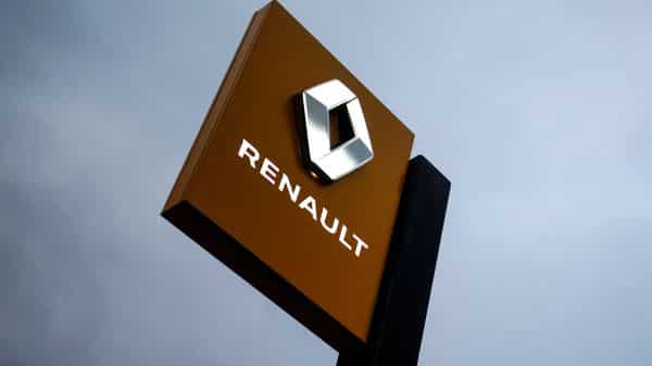 FILE PHOTO: The logo of carmaker Renault. (REUTERS)