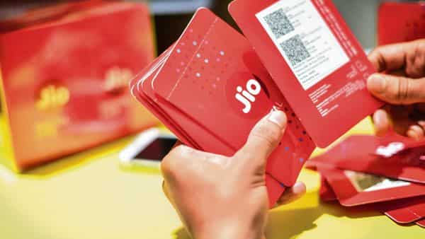 Telecom major Reliance Jio has announced Jio Phone 2021 offer which provides for a new phone along with three new plans. (Photo: Mint)