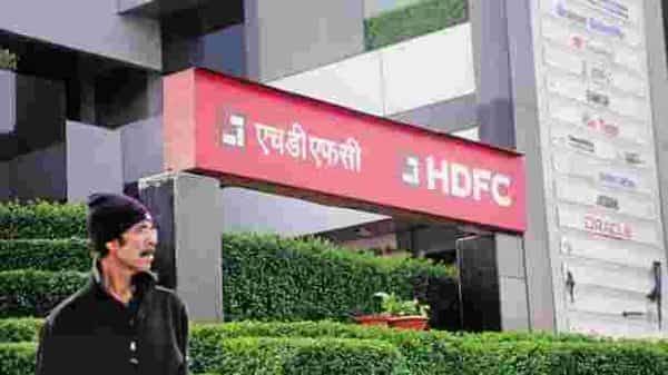 HDFC stock closed at  ₹879.80, up 8.62% on BSE. (Photo: Mint)