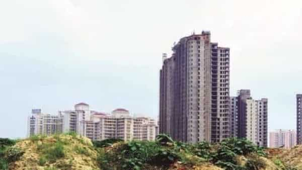 Distressed realty fundapproves completion of 100,000 houses