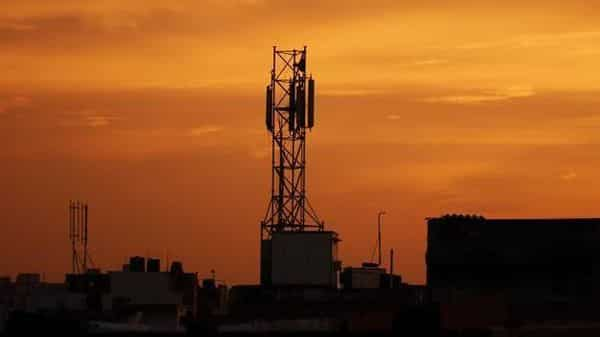 A file photo of a mobile tower, New Delhi. Photo: Pradeep Gaur/Mint (Pradeep Gaur/Mint)