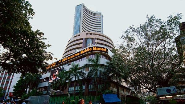 Stocks to Watch: Welspun, Reliance Power, Mahindra Logistics, HDFC - Mint