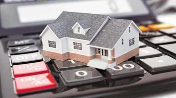 Maharashtra govt further cuts stamp duty charges for women homebuyers. Know details - Mint