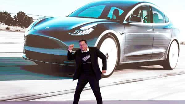 In January, Elon Musk had unseated Jeff Bezos as the world's richest person (REUTERS)