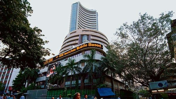A growing number of firms are trying to go public, capitalizing on buoyant investor sentiment. (Mint)