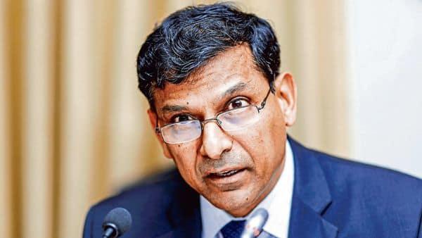 Ex-RBI governor Raghuram Rajan said drastic changes in monetary policy framework can upset the bond market. (MINT_PRINT)