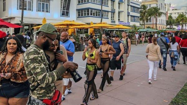 Miami Beach imposes curfew as crowds, chaos overwhelm spring break paradise