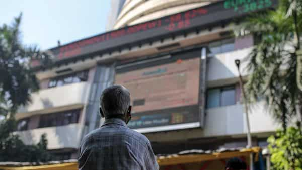 Nifty ended flat today while Sensex settled with minor losses (Bloomberg)