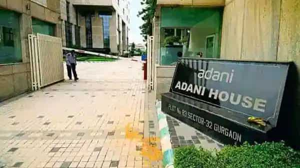 A basket of five Adani group stocks generated returns of 488% in the past year, beating the returns of the next best in the list, Tata Motors. (Pradeep Gaur/Mint)