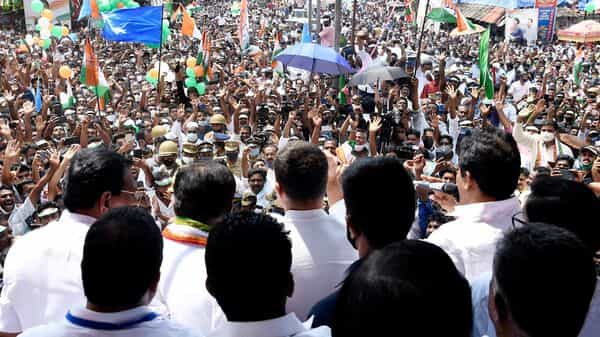 Congress leader Rahul Gandhi interacts with supporters (ANI)