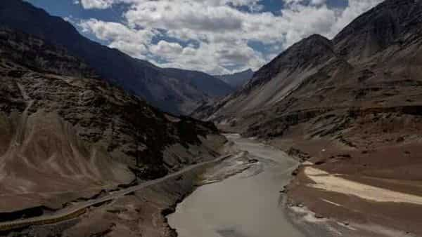 FILE PHOTO: A highway being built by the Border Roads Organisation (BRO) passes by the confluence of the Indus and Zanskhar rivers in the Ladakh region, India, September 17, 2020. Picture taken September 17, 2020. REUTERS/Danish Siddiqui/File Photo (REUTERS)