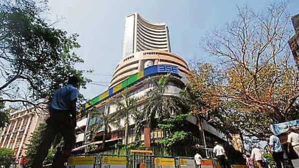Property analysts believe the Macrotech IPO is crucial in bringing back institutional, overseas investors to the residential sector, which has seen liquidity issues (Photo: Mint)