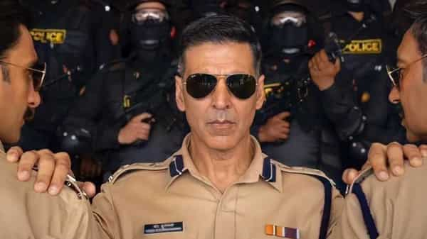 Trade experts say there is no way Akshay Kumar-starrer Sooryavanshi will meet its scheduled release date of 30 April. (Photo Source: Twitter @LetsOTT)