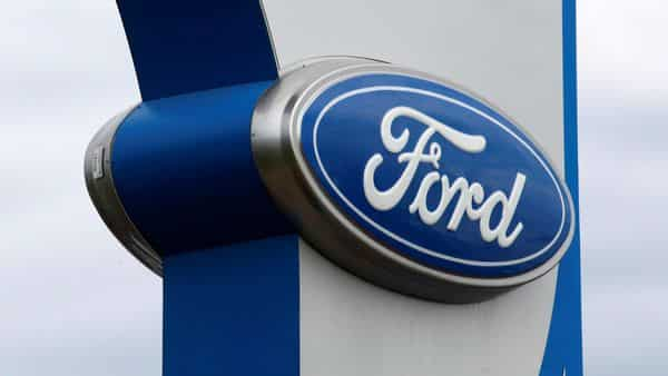 FILE PHOTO: The sign at a Ford dealer is pictured in Lakewood, Colorado September 4, 2013. REUTERS/Rick Wilking/File Photo (REUTERS)