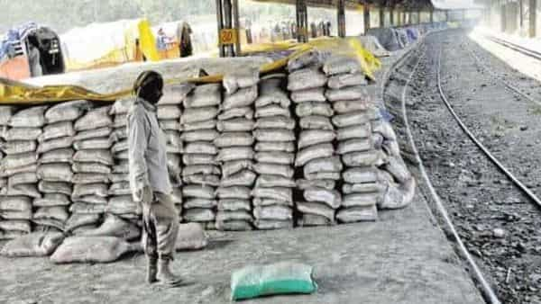 Usually cement production is high during Q4 as construction activities are at its peak.. Photo: Priyanka Parashar/Mint