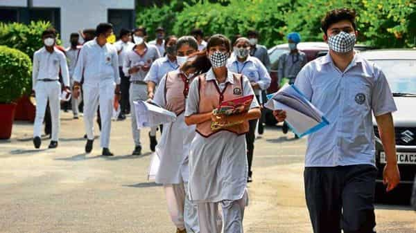 CBSE will give 15 days' notice for rescheduled Class XII exams.