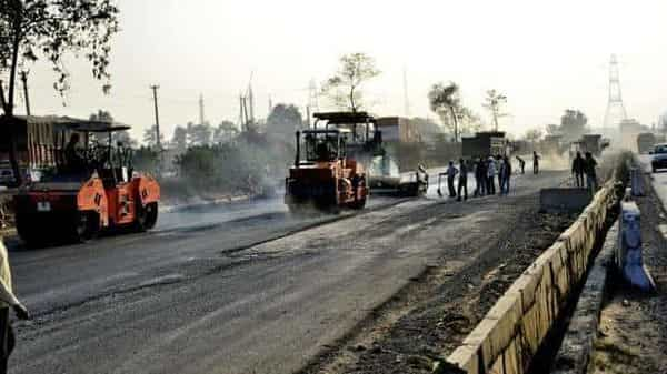 NHAI will consider organizing its road assets into Special Purpose Vehicles and use innovative monetizing structures like Toll, Operate and Transfer (TOT) and InvITs for raising funds, Arun Jaitley added. Photo: Mint