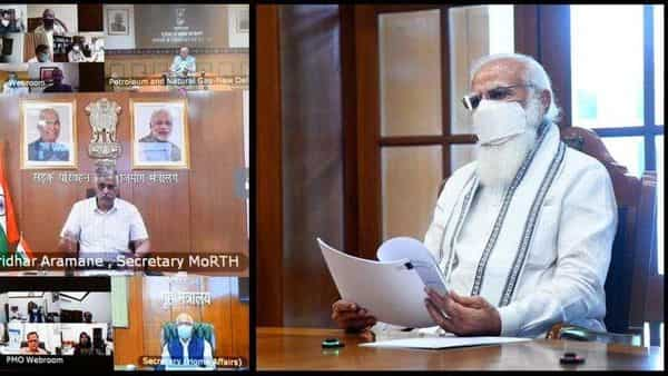PM Modi is chairing a high-level meeting in the midst of an oxygen crisis, asking officials to increase productivity