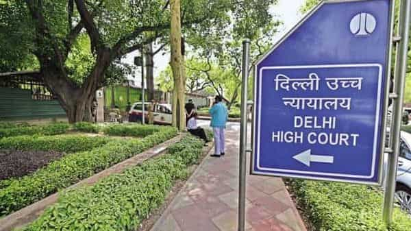 The court told the Delhi government to give it one instance of who was obstructing the oxygen supply