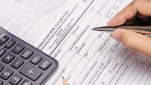 Legal heirs must register themselves as the representative of the deceased with the income tax department