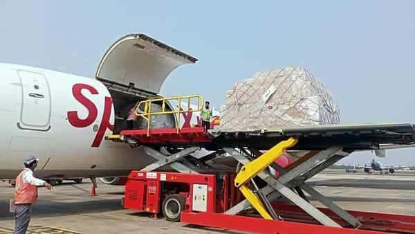 Spice Jet air cargo SpiceXpress airlifted 1000 oxygen concentrators from Hong Kong to Delhi. (ANI)