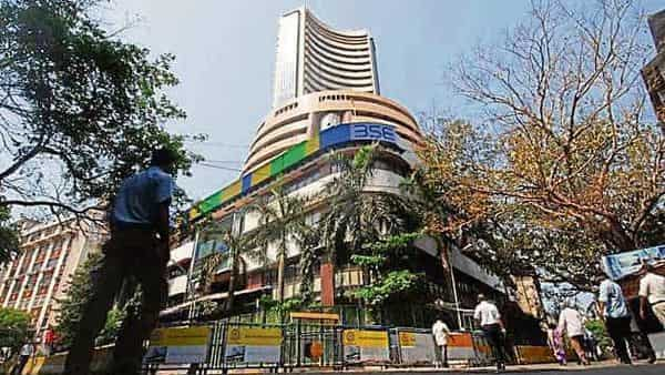 At 9.40 am, the benchmark Sensex fell 1.18% to 48,329 points, while Nifty declined 1.2% to 14,515 points. (HT_PRINT)