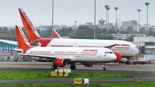 The ICPA has said that the finances of Air India flying crew are already spread thin after covering for their bedridden colleagues and provisioning for families considering the possibility of inadvertently infecting them with coronavirus. (Mint)