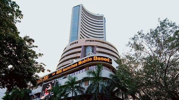 Indian markets lost 1% on Tuesday as investors grew nervous on increasing localised lockdowns amid rising covid cases. (MINT_PRINT)
