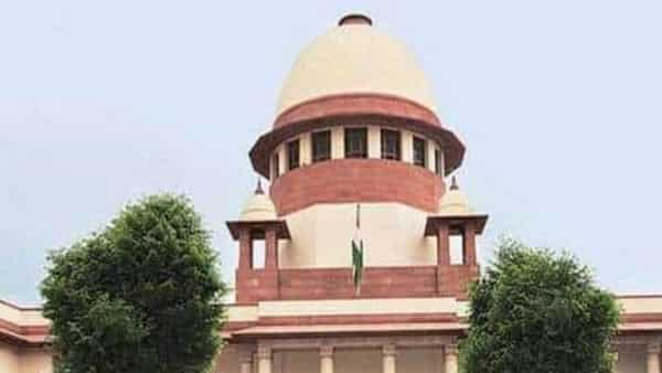 The five-judge bench of the Supreme Court said that the Maharashtra Government move violates constitutional equality.