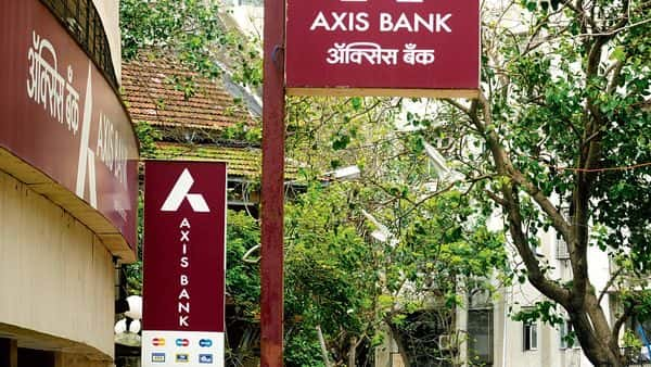 Axis Bank offers FDs across different tenures, ranging from 7 days to 10 years. (Mint)