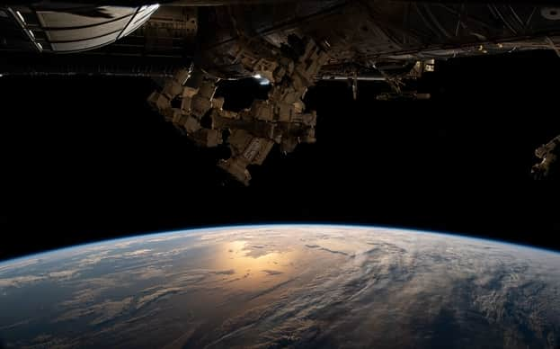 This picture shows the view from the International Space Station as it soars 271 miles above the southern coast of Argentina.