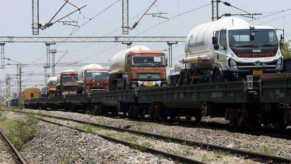 A total of 421 containers carrying 7,722.75MT of medical oxygen have been escorted so far from the four industrial districts of the state by Odisha Police and more are leaving today, according to Y.K. Jethwa, an additional director general of police in the state. (HT_PRINT)
