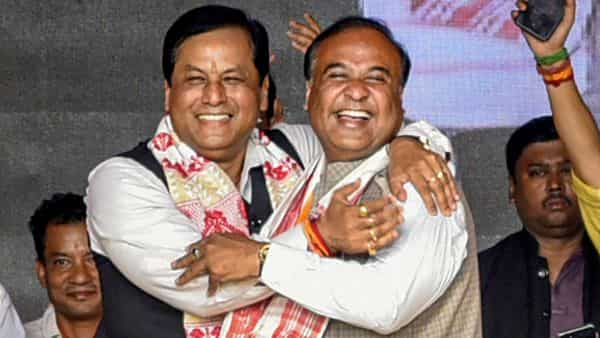 File photo: Assam Chief Minister Sarbananda Sonowal with Himanta Biswa Sharma during an election campaign rally, at Sualkuchi in Kamrup. (PTI)