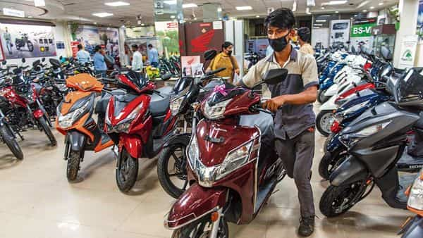Registration of two-wheelers fell 27.6% sequentially in April.