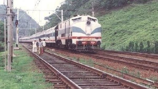 Four Central Railway trains including Deccan Queen cancelled