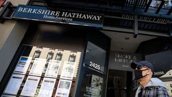 A Berkshire Hathaway office in San Francisco,  (Bloomberg)