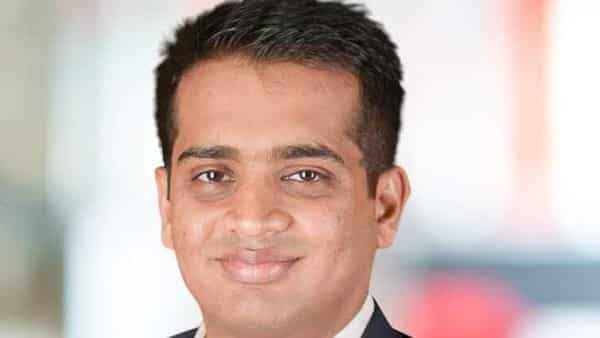 Dinkar Ayilavarapu is a former partner from management consulting firm Bain & Co.