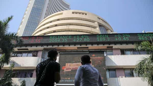 On Friday, the BSE Sensex closed at 48,732.55, up 41.75 points. Photographer: Dhiraj Singh/Bloomberg (Bloomberg)