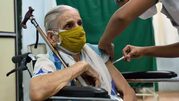 Bombay High Court has lashed out at the central government for not starting door-to-door Covid-19 vaccination for senior citizens, specially-abled, and bed-ridden people. (Satish Bate/HT PHOTO)