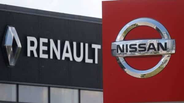 FILE PHOTO: The logos of car manufacturers Nissan and Renault. (REUTERS)