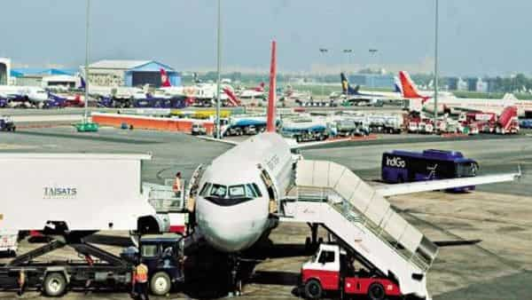Several countries have banned or imposed restrictions on flights from and to India due to the recent surge in covid-19 infections in the country. (Photo: Mint)