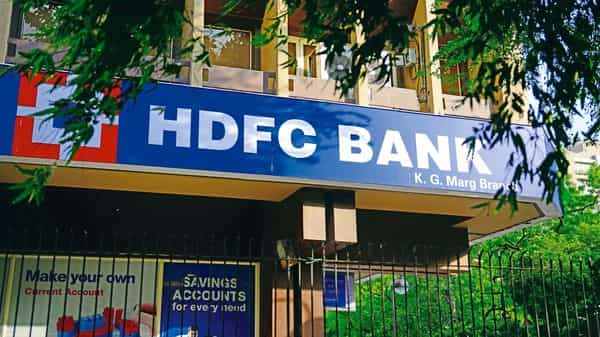 HDFC Bank offers fixed deposits (FDs) ranging from 7 days to 10 years. (Mint)