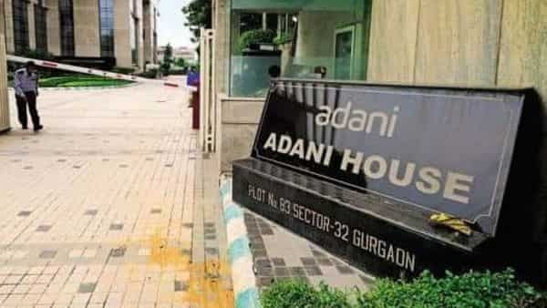 Adani Wilmar's mobile app has seen 11,000 downloads a month into its launch and is offering combo-offers and discounts to drive new consumer trials (Mint)