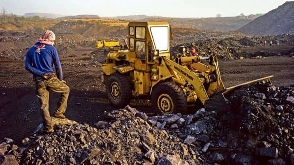 Coal India's fortunes have swung dramatically, with profits sliding, production and shipments falling and cash drying up. (Bloomberg)