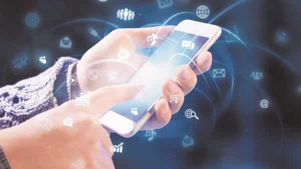 Mobile phones have been the key driver of India's Internet growth, with people using the Internet for entertainment, communication and social media the most. (Photo: iStock)