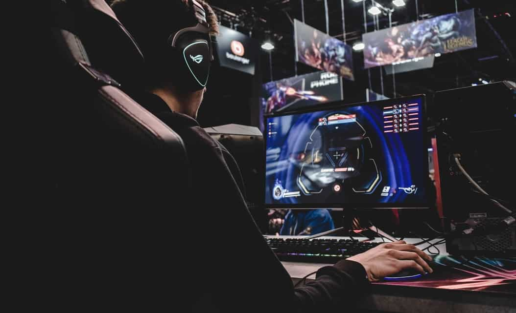 According to market estimates, 9 out 10 gamers in India use mobiles to play. But as per a new report, gamers in the country are slowly preferring a move towards personal computers.