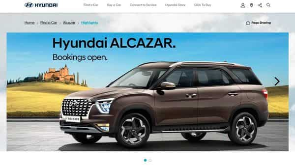 Customers can book the vehicle through the company's Click-To-Buy portal by making a payment of  ₹20,000.