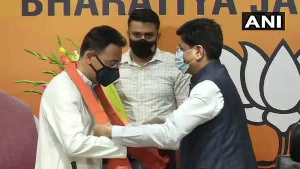 Delhi: Congress leader Jitin Prasada joins BJP in the presence of Union Miniter Piyush Goyal, at the party headquarters.