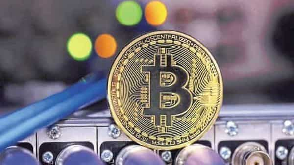 The largest cryptocurrency is 'dangerously approaching the $30,000 level' amid growing regulatory fears in the U.S.